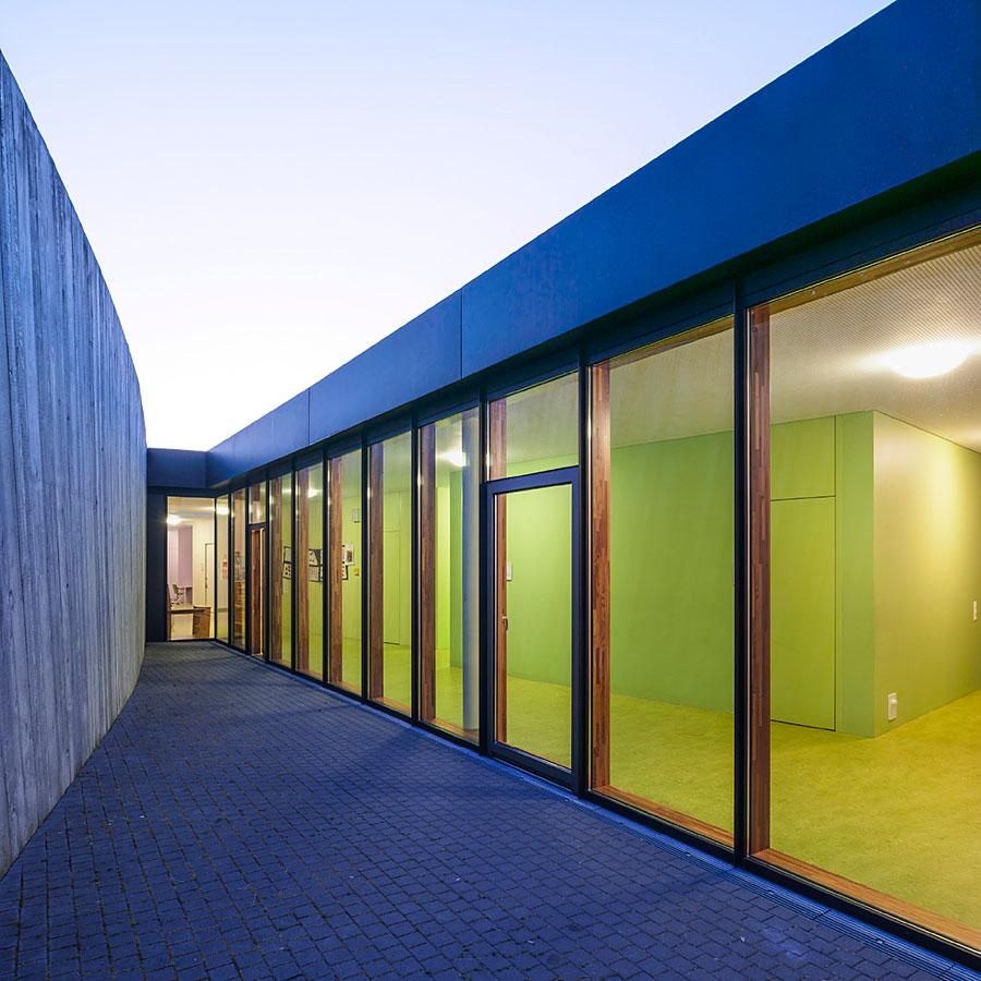 Architekturfotografie: Fassade bei Nacht